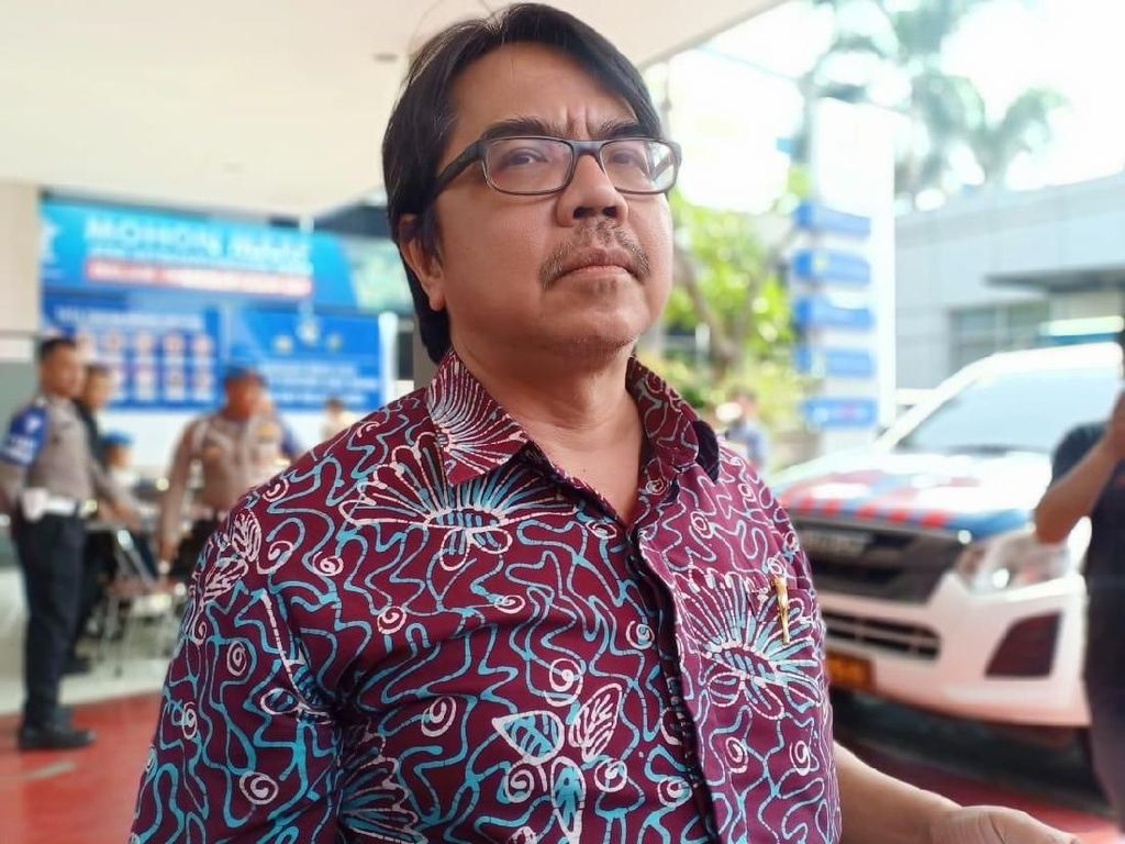 Ade Armando Minta Maaf ke Muhammadiyah soal Webinar Pemakzulan, Tidak ke Din