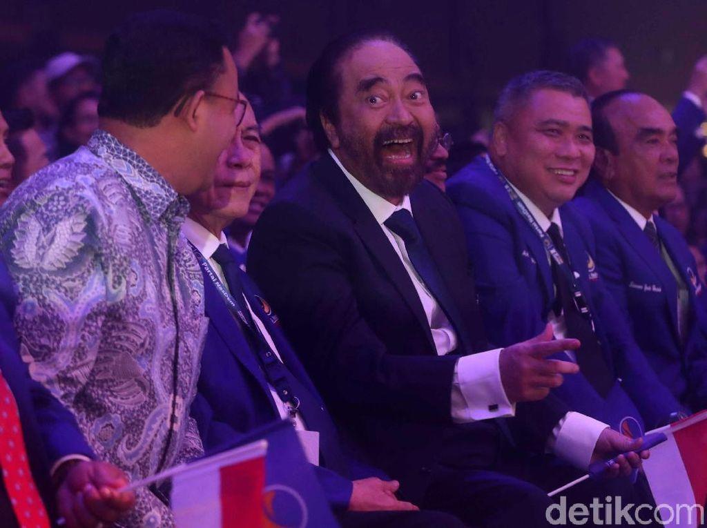 Surya Paloh ke Jokowi Ingin Peluk Erat, Tapi Tak Bisa