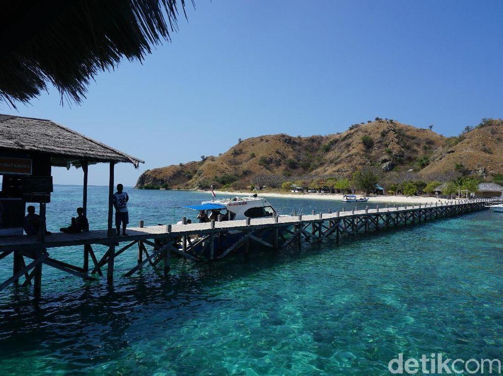 Foto: Pulau Kanawa, Aslinya Lebih Cantik dari Potret dan Cerita