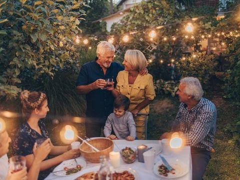 Menyentuh Hati 7 Ucapan Selamat Ulang Tahun Pernikahan Untuk Orang Tua
