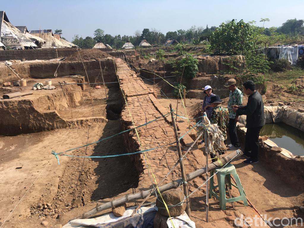 Kompensasi untuk Perajin Bata Merah di Situs Kumitir Dijanjikan Tahun 2020