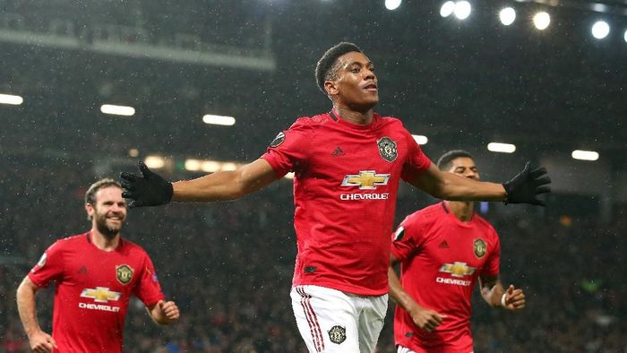 Link live streaming Manchester United vs Brighton & Hove Albion. (Foto: Alex Livesey/Getty Images)