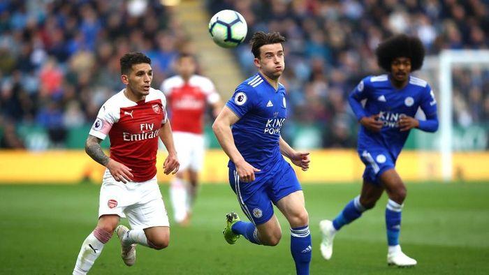 Duel Leicester vs Arsenal akan meramaikan Liga Inggris akhir pekan ini (Foto: Julian Finney/Getty Images)