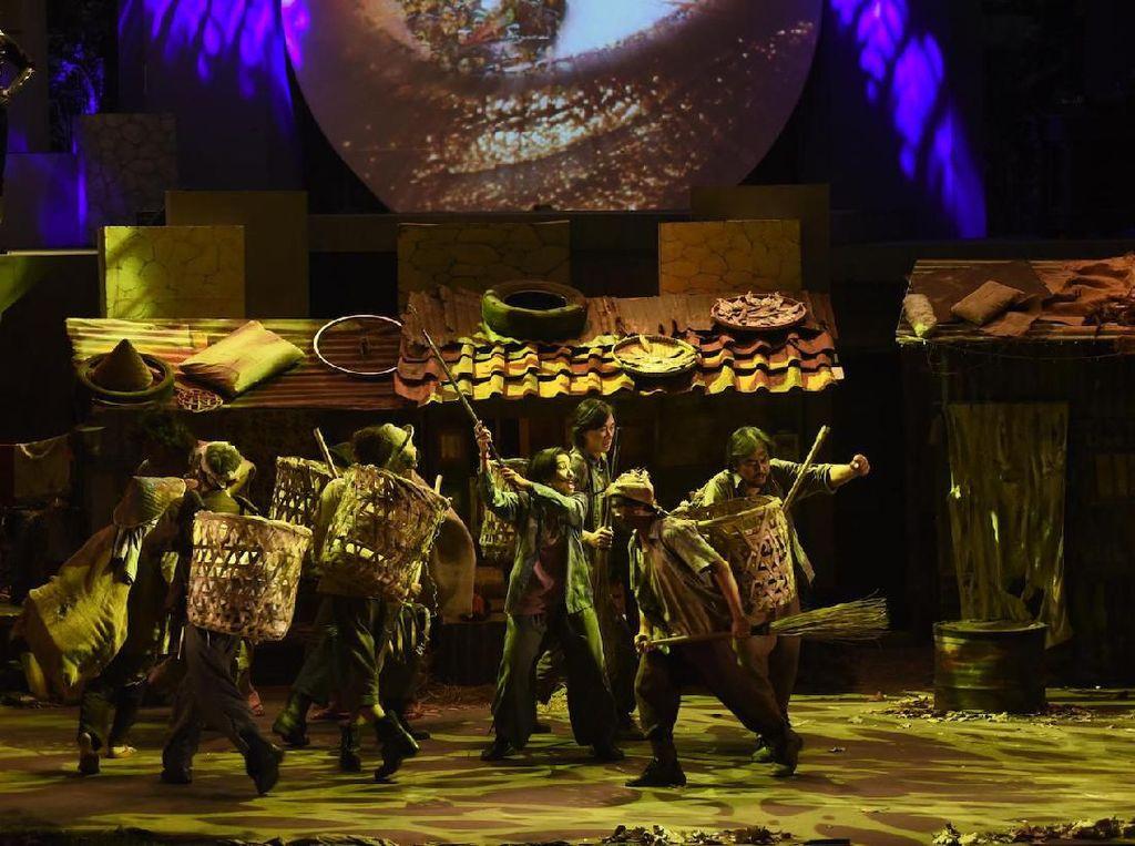 Teater Koma Pentaskan Lakon Berusia 40 Tahun dengan Gaya Kekinian