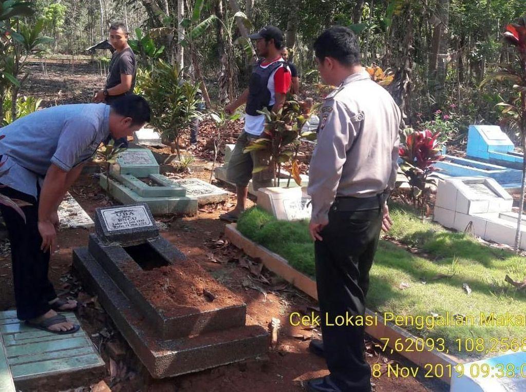 Geger Puluhan Makam Digali di Bagian Kepala, Polisi Bentuk Tim Khusus