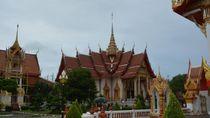 Coba Deh, Keliling Phuket dengan Sepeda Motor