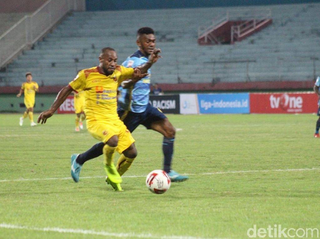 Babak 8 Besar Liga 2: Sempat Ricuh, Sriwijaya Kalahkan Persewar 1-0