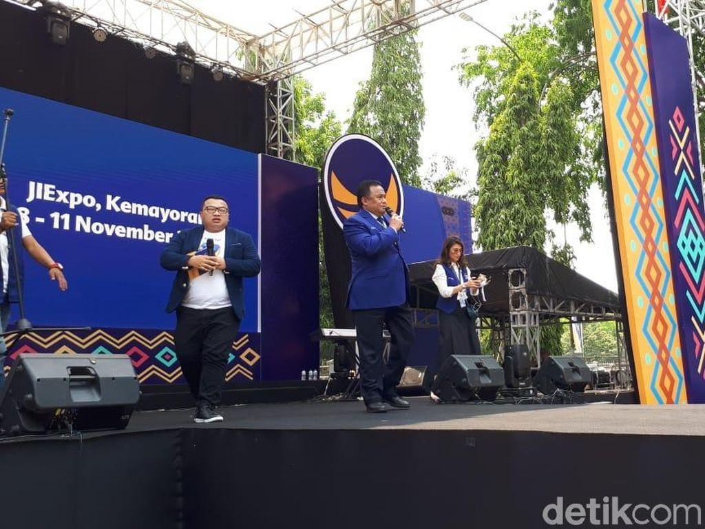 Buka Pasar Restorasi, Rachmat Gobel: NasDem Komitmen Dorong UKM-IKM