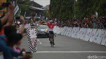Pebalap Indonesia Berjaya di Etape 8 Tour de Singkarak 2019