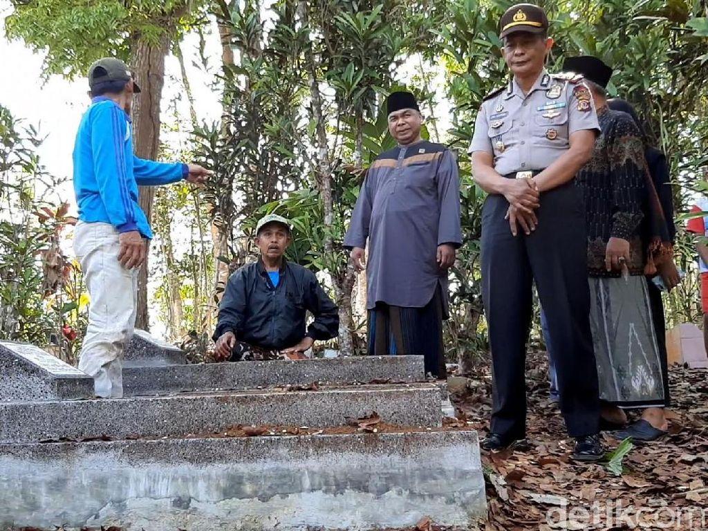 Polisi Selidiki Kasus Puluhan Makam Terbongkar di Tasikmalaya