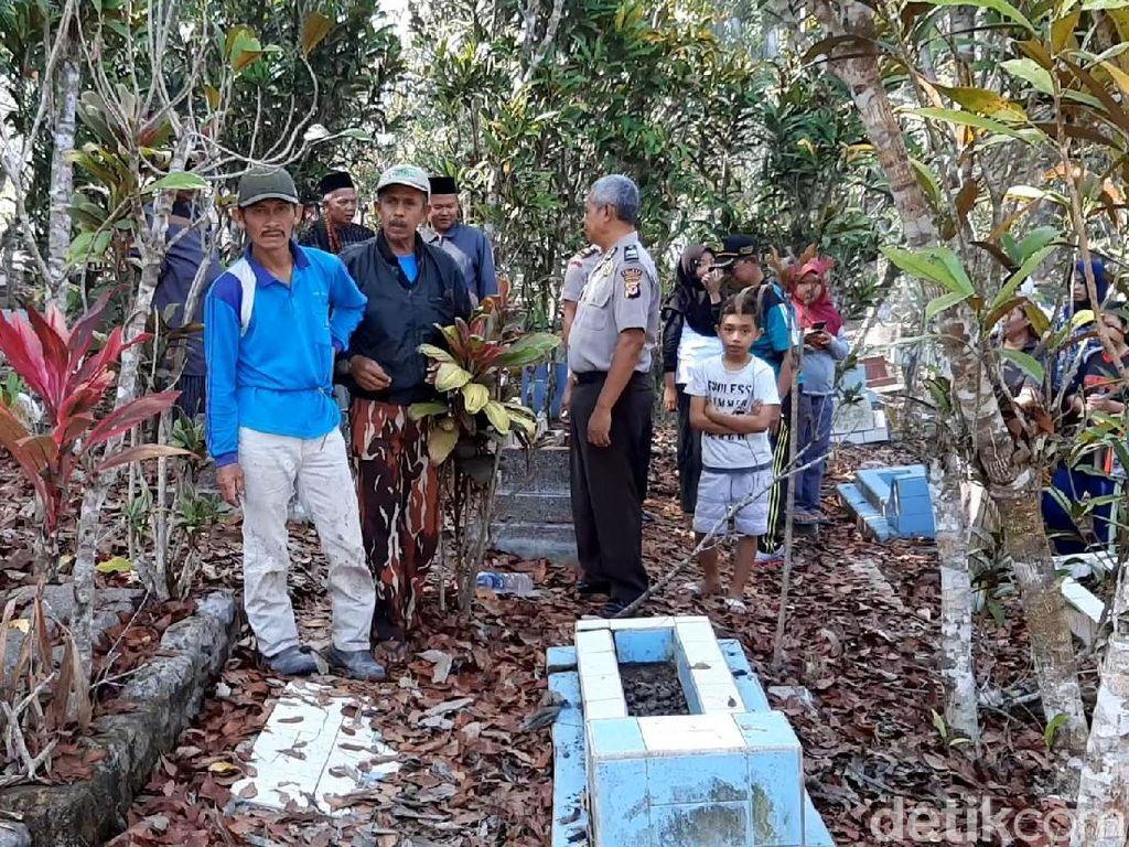 Kata Saksi dan Polisi soal Makam-makam yang Digali di Bagian Kepala