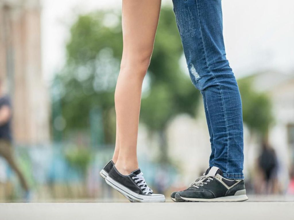 12 Tips Menjalani LDR Agar Selalu Langgeng dan Awet