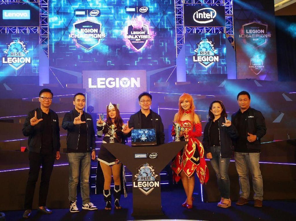 Grand Final Kompetisi eSport Rise of Legion