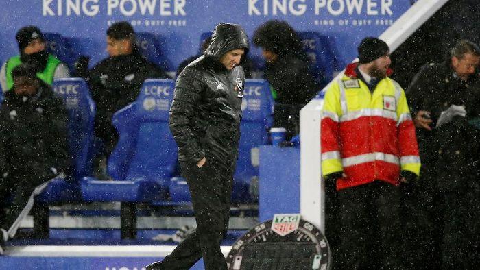 Unai Emery makin genting posisinya usai serangakaian hasil buruk Arsenal (REUTERS/Andrew Yates)