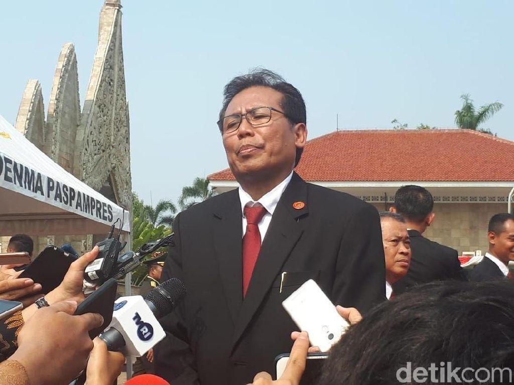 Istana: Pernyataan Jokowi soal Rangkulan Paloh-Sohibul Humor Persahabatan