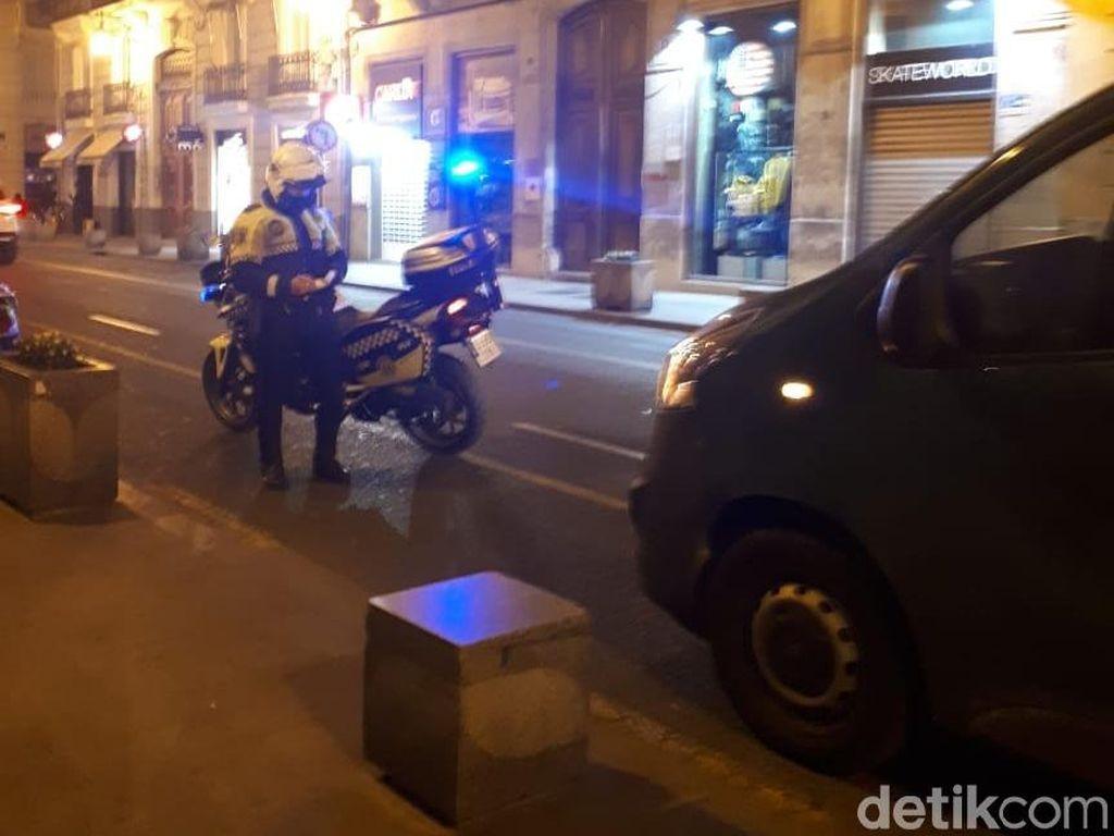 Turunkan Penumpang Lebih dari 5 Menit di Valencia Siap-siap Ditilang