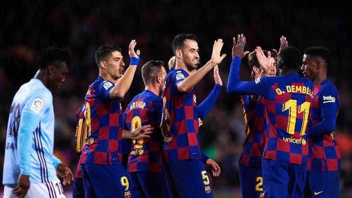 Barcelona menatap Desember yang menantang. (Foto: Alex Caparros/Getty Images)