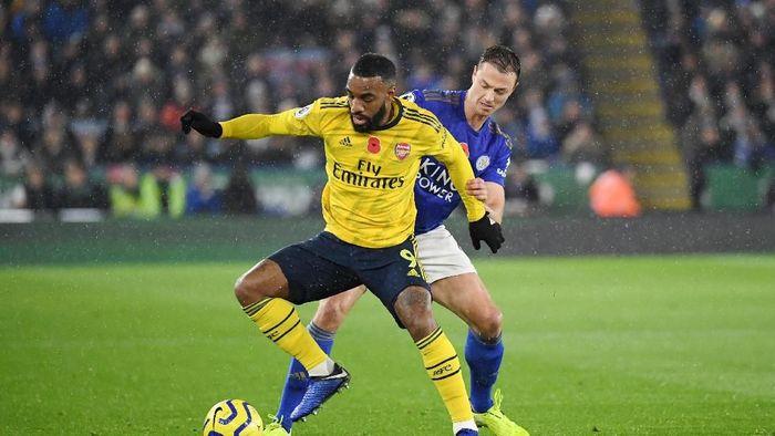 Leicester vs Arsenal tuntas 0-0 di babak pertama. (Foto: Ross Kinnaird/Getty Images)