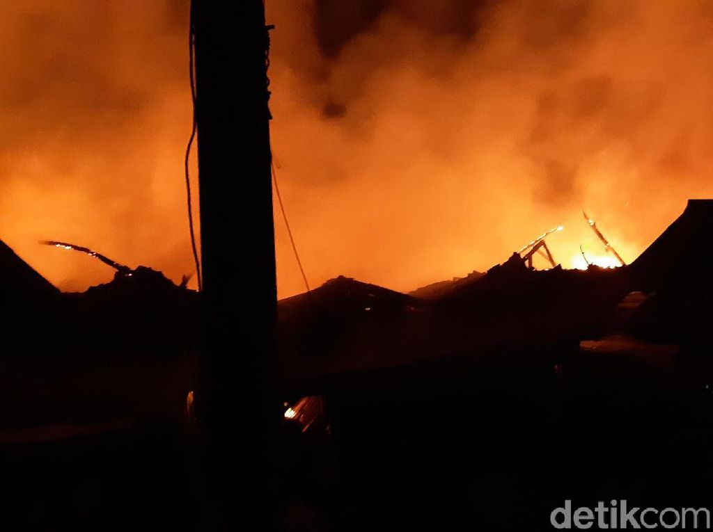 Kebakaran Pasar Baros Banten Diduga Dipicu Puntung Rokok