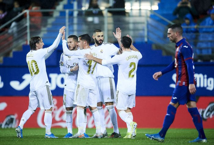 Bertanding di Ipurua Municipal Stadium, Minggu (10/11/2019) dini hari WIB, Madrid mampu empat kali menggetarkan jala Eibar.