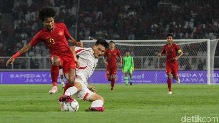 Amiruddin Bagus Kahfi Alfikri menilai kelolosan Indonesia ke Piala Asia U-19 2020 karena kerja keras tim. (Foto: Rifkianto Nugroho/detikcom)