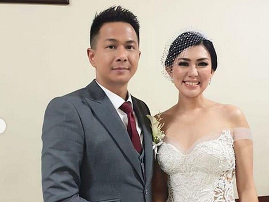 Status Pernikahan Diragukan, Ini Penjelasan Delon Thamrin