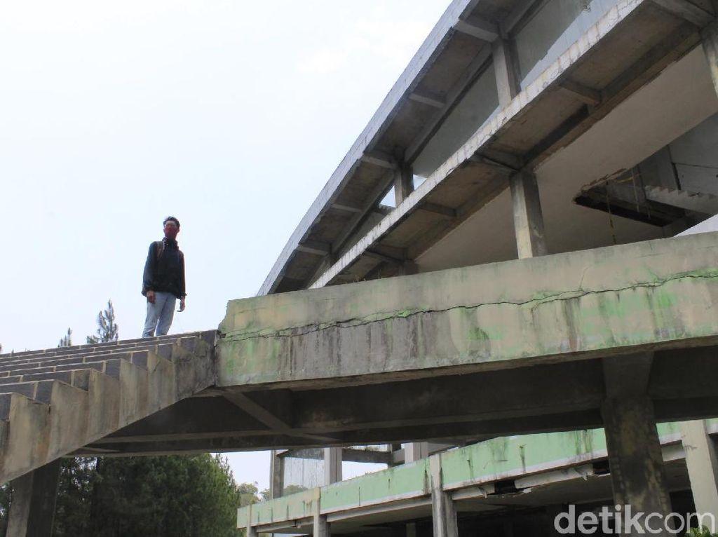 Kenangan Netizen akan Kampung Gajah yang Kini Terbengkalai