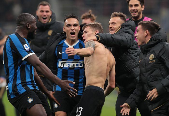 Tertinggal di babak pertama, Nerazzurri akhirnya menang 2-1.
