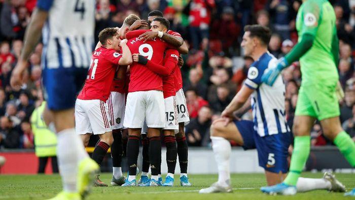 MU mengalahkan Brighton 3-1 di lanjutan Liga Inggris. (Foto: Andrew Yates / Reuters)
