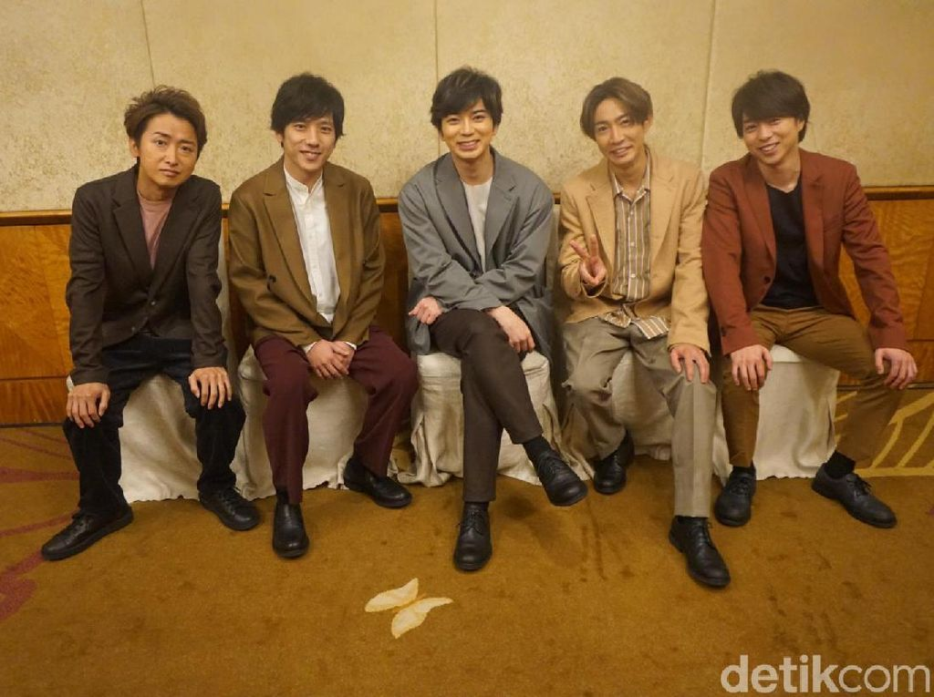 Komparasi Kekuatan J-Pop dengan K-Pop Menurut Arashi
