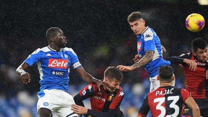 Napoli bermain imbang 0-0 dengan Genoa (Foto: Francesco Pecoraro/Getty Images)