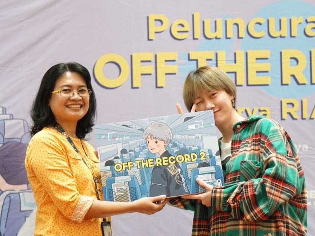 Ria SW Siap Menggila Bareng Pembaca Bukunya di Makassar 8 Desember