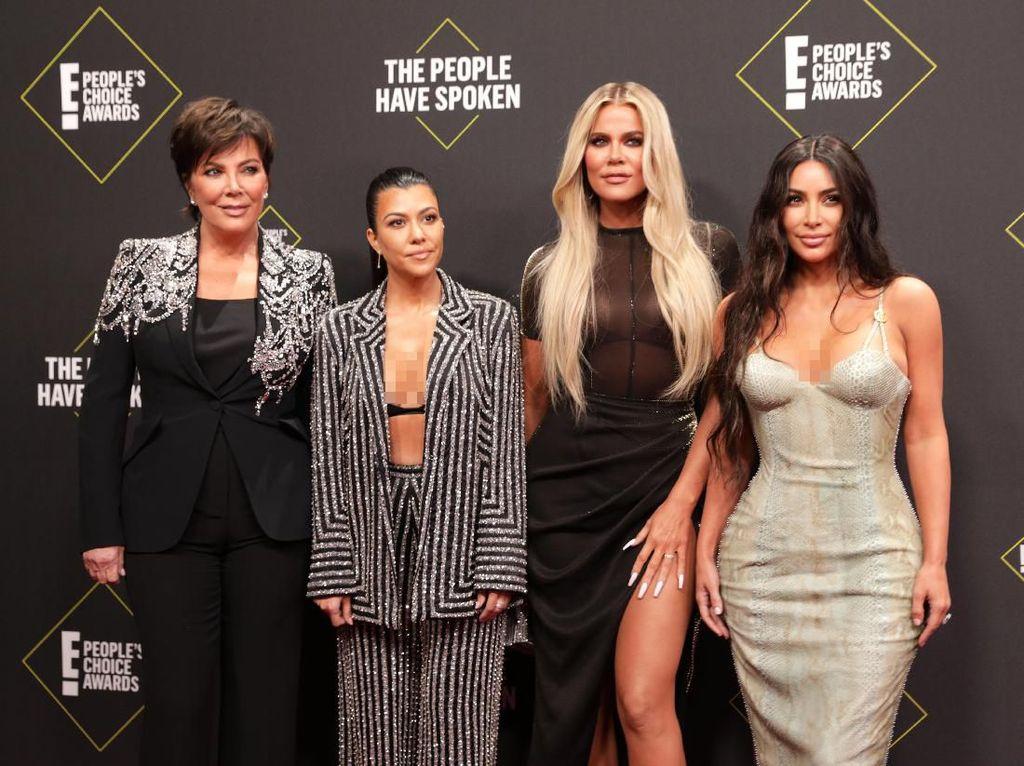 Kim Kardashian dan Keluarga Disebut Menjijikan karena Hal Ini