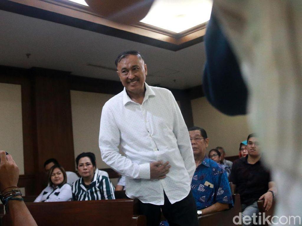 Ekspresi Markus Nari Divonis 6 Tahun Penjara