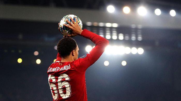Trent Alexander-Arnold berkomentar soal handball-nya di laga Liverpool Vs Manchester CityFoto: Alex Pantling/Getty Images