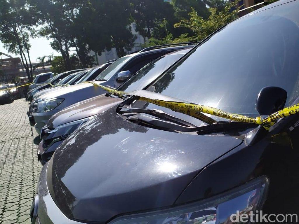 Komplotan Pencuri 42 Mobil dan Pemalsu STNK Diringkus Polda Jabar