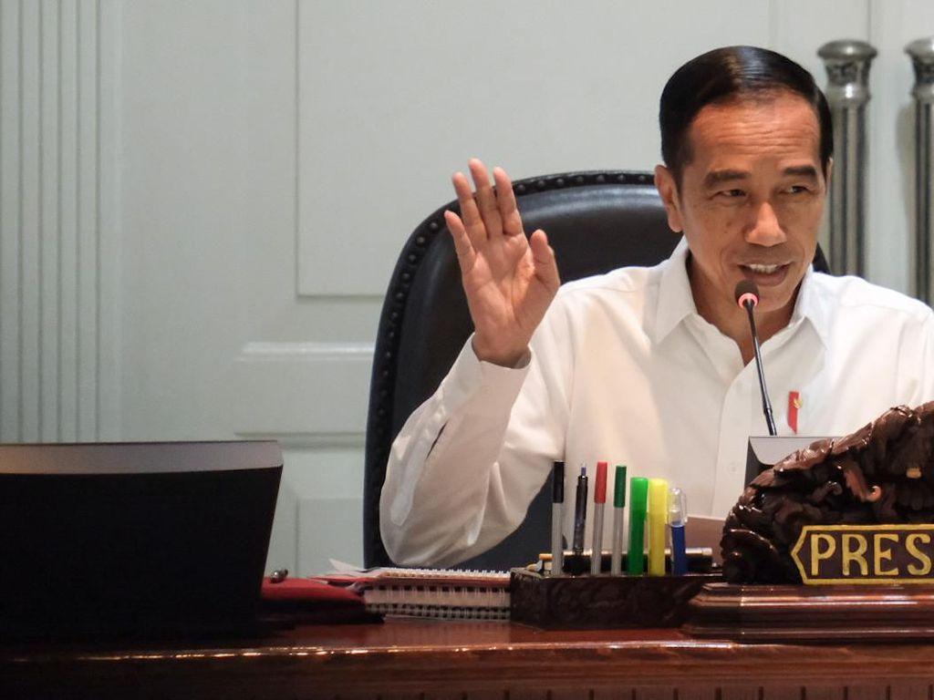 Jokowi Bakal Tiru Gaya Trump Pangkas Regulasi