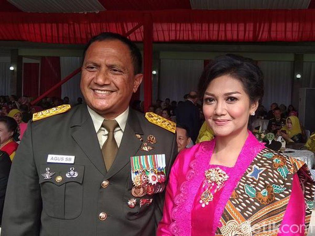 Bella Saphira Dampingi Suami Wisuda Purna Wira Pati di Akmil Magelang