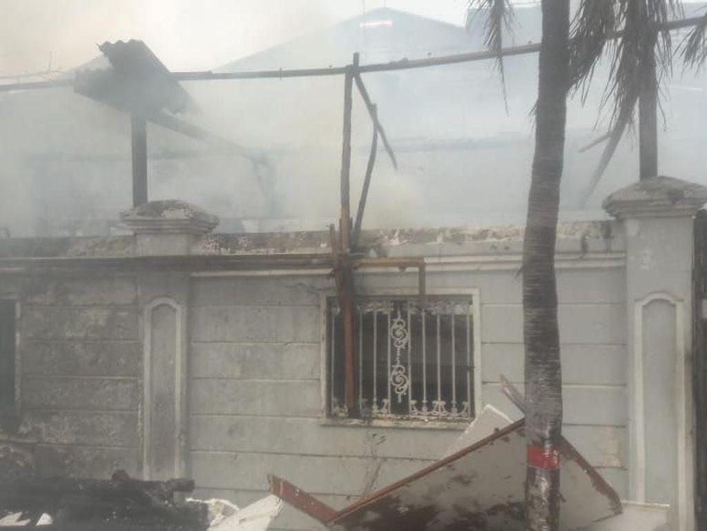Akibat Korsleting Rumah di Pulomas Jaktim Terbakar, 1 Orang Tewas