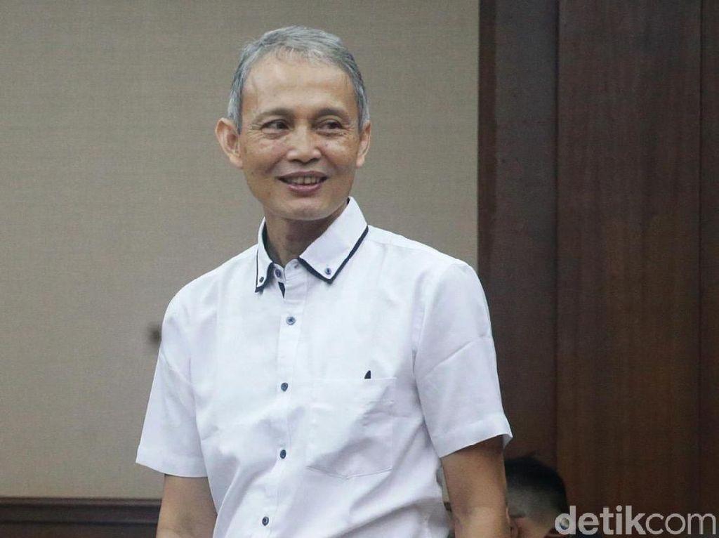 Tok! Eks Direktur Krakatau Steel Divonis 1,5 Tahun Penjara