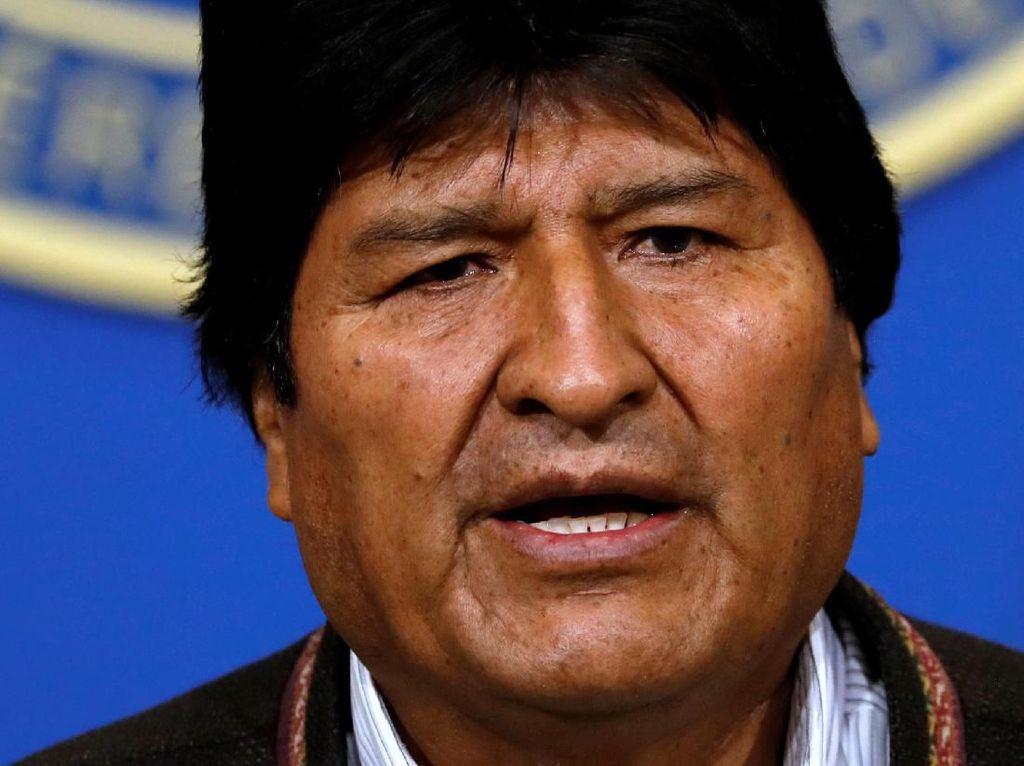 Dituntut Mundur, Presiden Morales Serukan Pemilu Baru di Bolivia