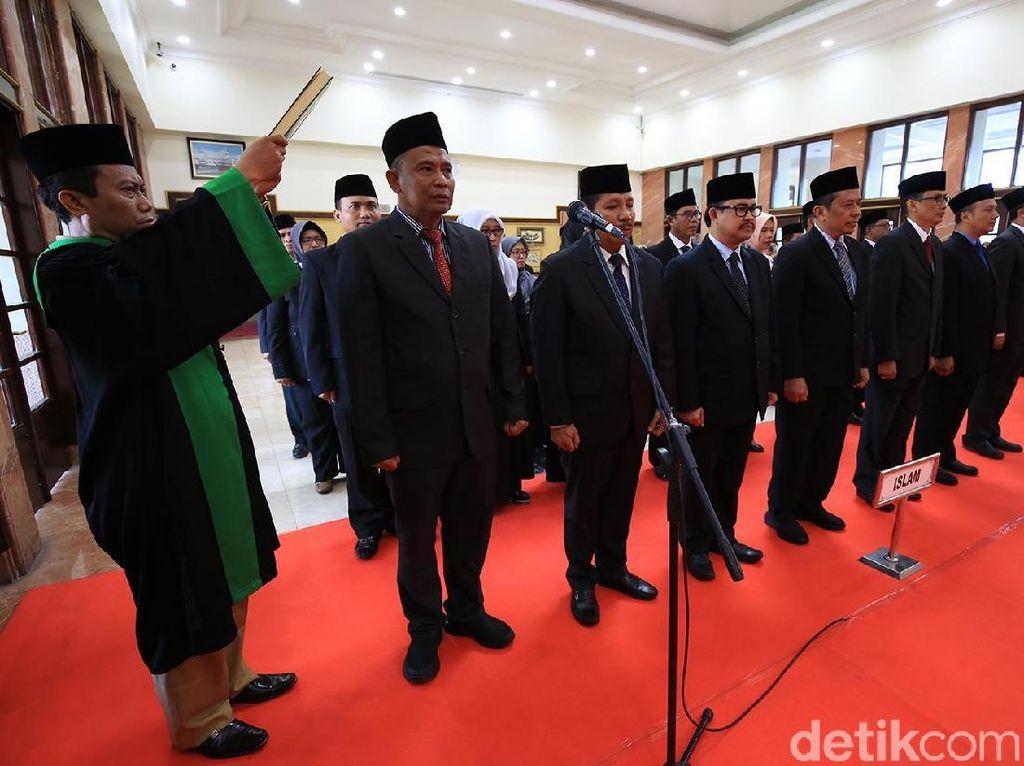 Pemkot Surabaya Lakukan Mutasi, Kadispendik dan Kadinsos Diganti
