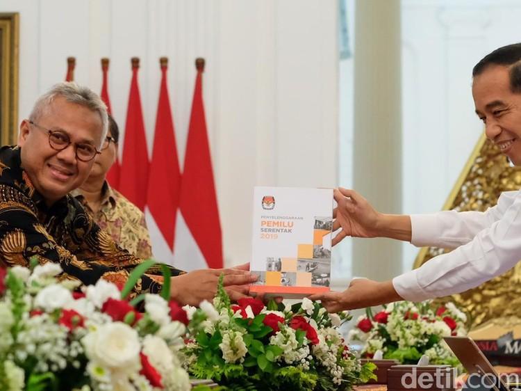 Lapor Evaluasi Pemilu ke Jokowi, KPU Singgung Partisipasi Pemilih