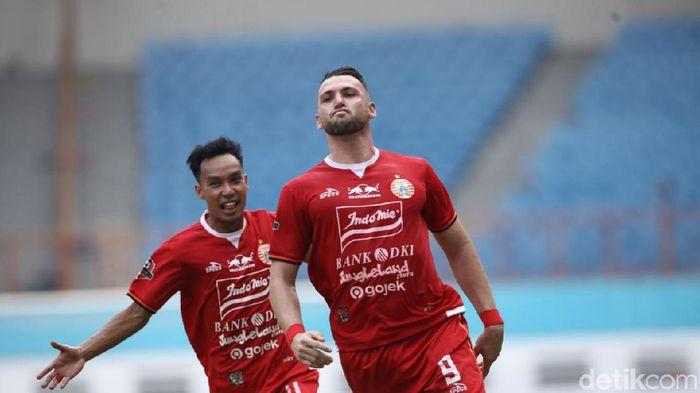 Marko Simic membukukan empat gol saat Persija Jakarta memetik kemenangan atas Borneo FC. (Foto: Rifkianto Nugroho/Detikcom)