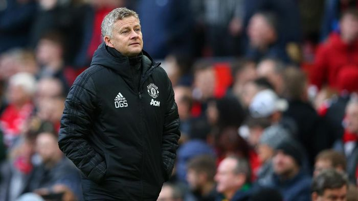 MANCHESTER, ENGLAND - NOVEMBER 10: Ole Gunnar Solskjaer, Manager of Manchester United looks on during the Premier League match between Manchester United and Brighton & Hove Albion at Old Trafford on November 10, 2019 in Manchester, United Kingdom. (Photo by Alex Livesey/Getty Images)