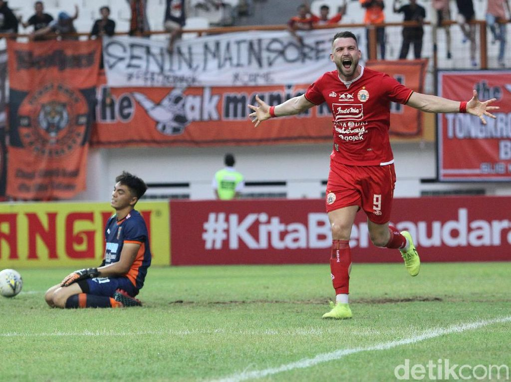 Persija Vs Persela: Adu Tajam Marco Simic dengan Alex Goncalves