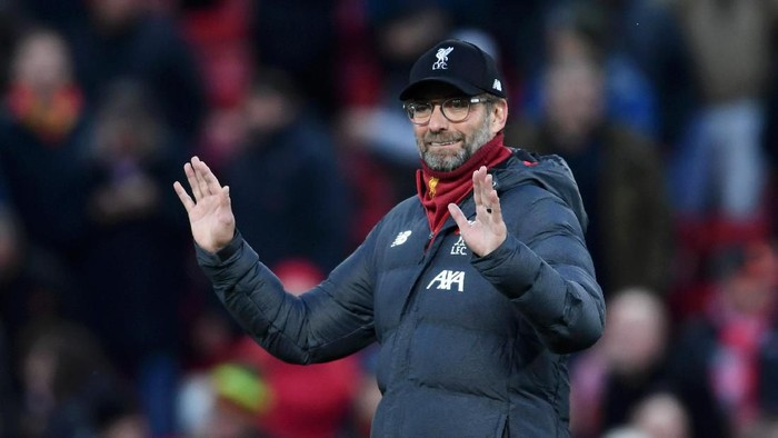 LIVERPOOL, ENGLAND - NOVEMBER 10: Jurgen Klopp, Manager of Liverpool reacts prior to the Premier League match between Liverpool FC and Manchester City at Anfield on November 10, 2019 in Liverpool, United Kingdom. (Photo by Laurence Griffiths/Getty Images)