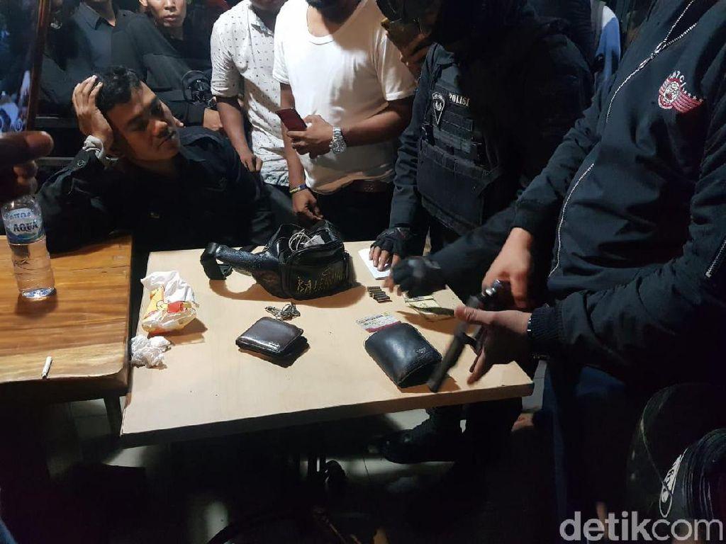 Alami Luka-luka, Oknum Polisi yang Diamuk Massa di Pasar Minggu Dirawat di RS