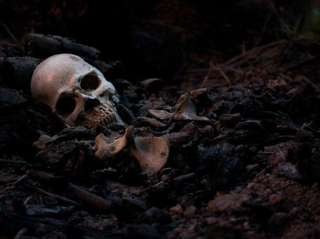Ngeri! Ratusan Kerangka Manusia Ditemukan di Stadion Sepakbola