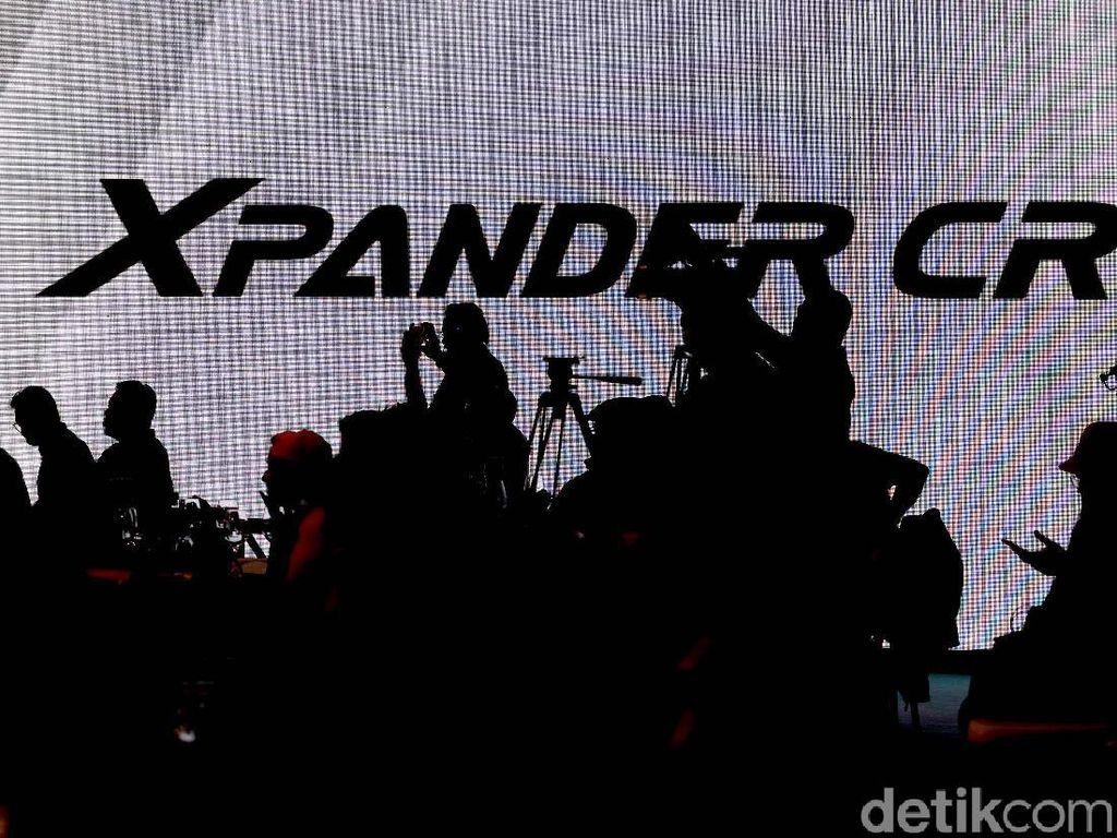 10 Perbedaan Mitsubishi Xpander Cross dengan Xpander MPV